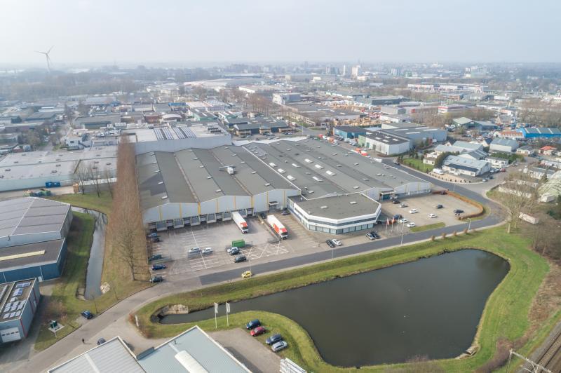 Sluyter Logistics B.V. sluit huurovereenkomst voor distributiecentrum in de Gemeente Deventer.